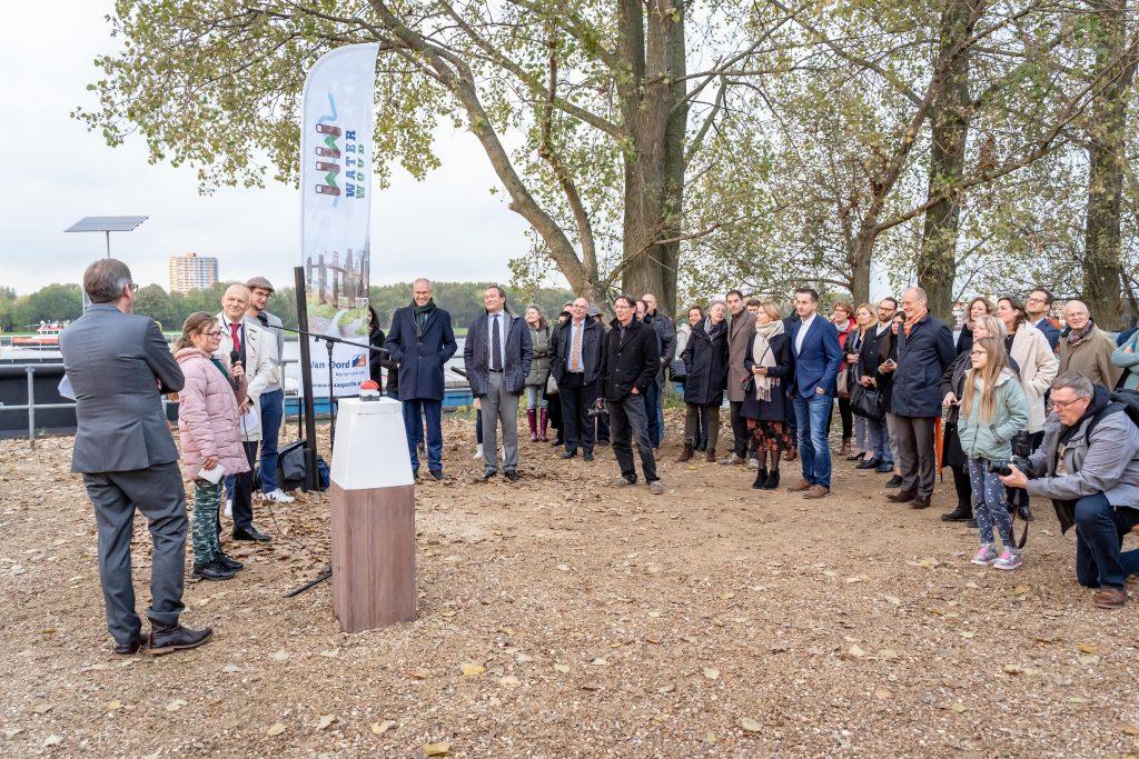 Opening waterwoud - publiek